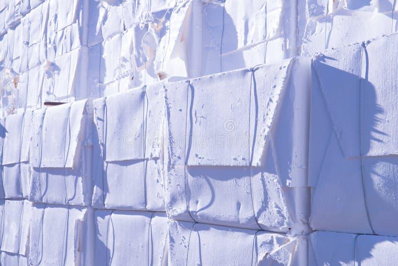 Moinho do papel e de polpa - celulose imagem de stock