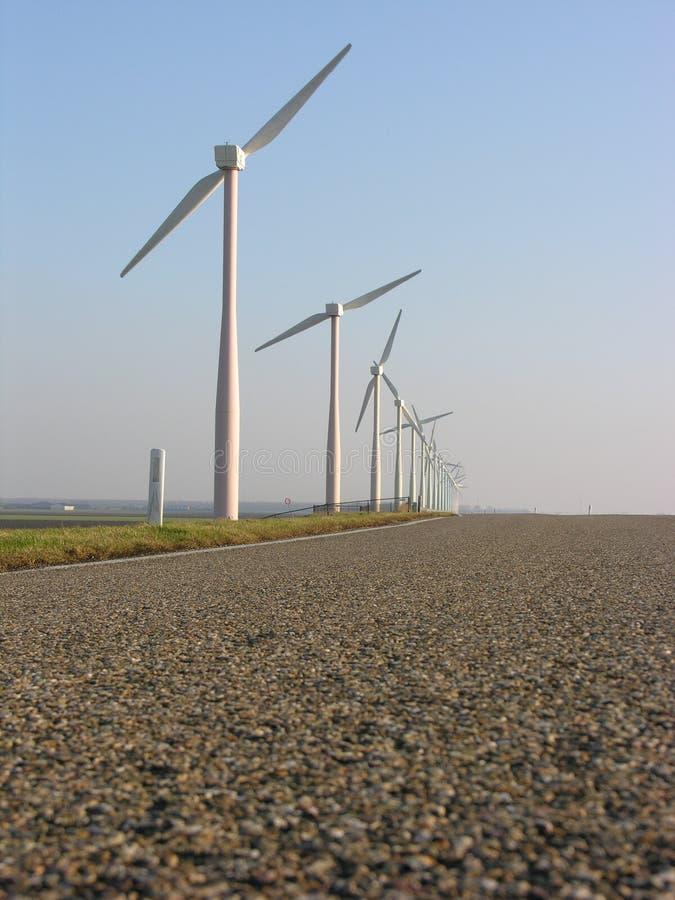 Download Moinhos de vento foto de stock. Imagem de limpo, rotação - 70680