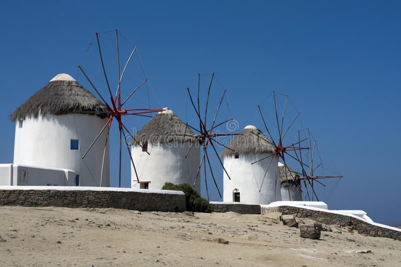 Moinhos de vento de Mykonos imagem de stock