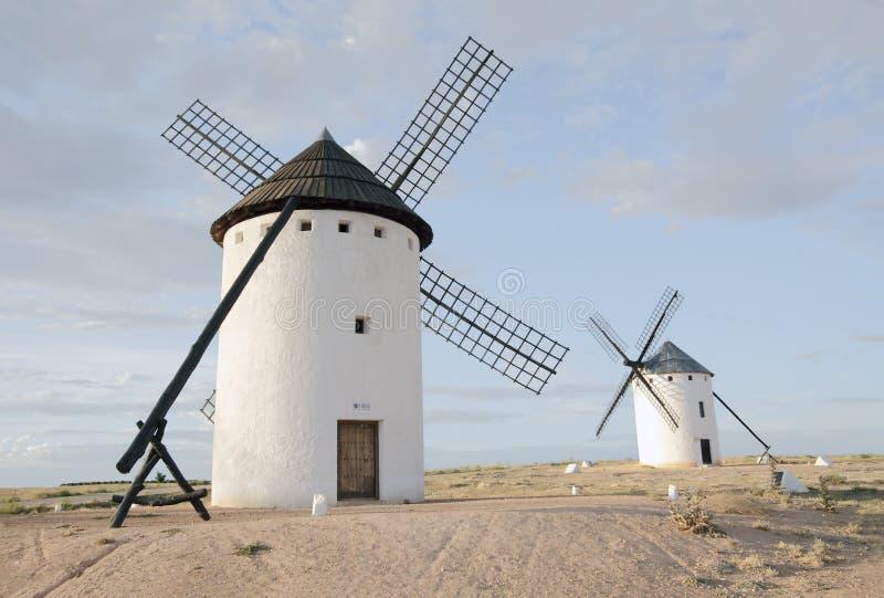 Moinhos de vento em Campo de Criptana, Ciudad real, Spain imagem de stock royalty free