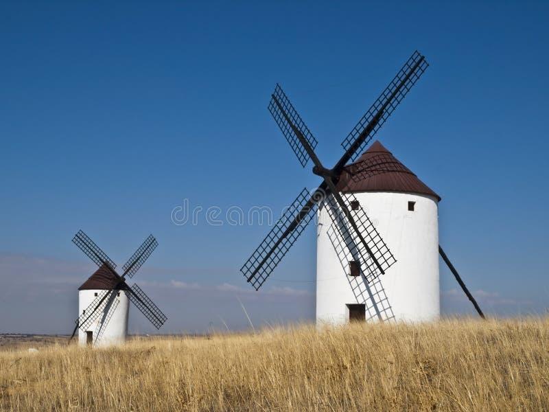 Moinhos de vento espanhóis imagens de stock royalty free