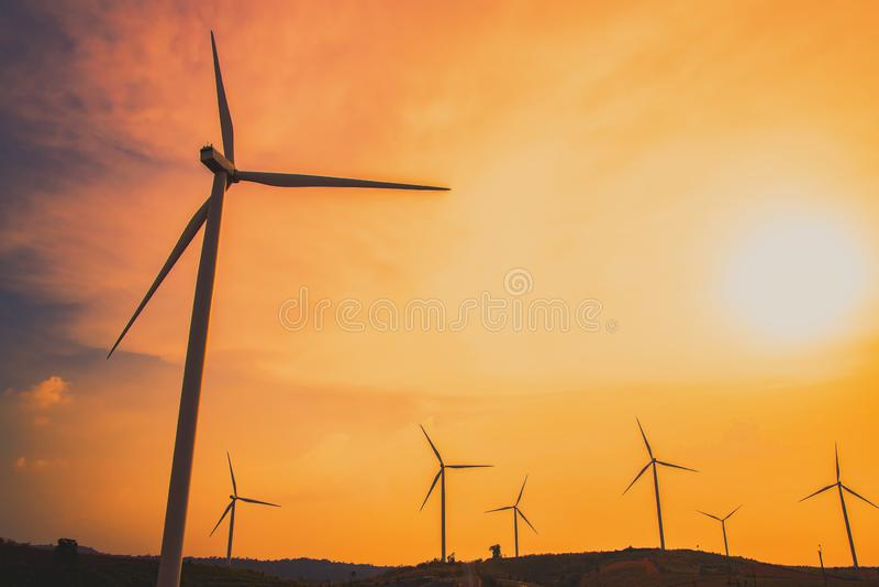 Moinhos de vento para a produ??o de Electric Power fotos de stock