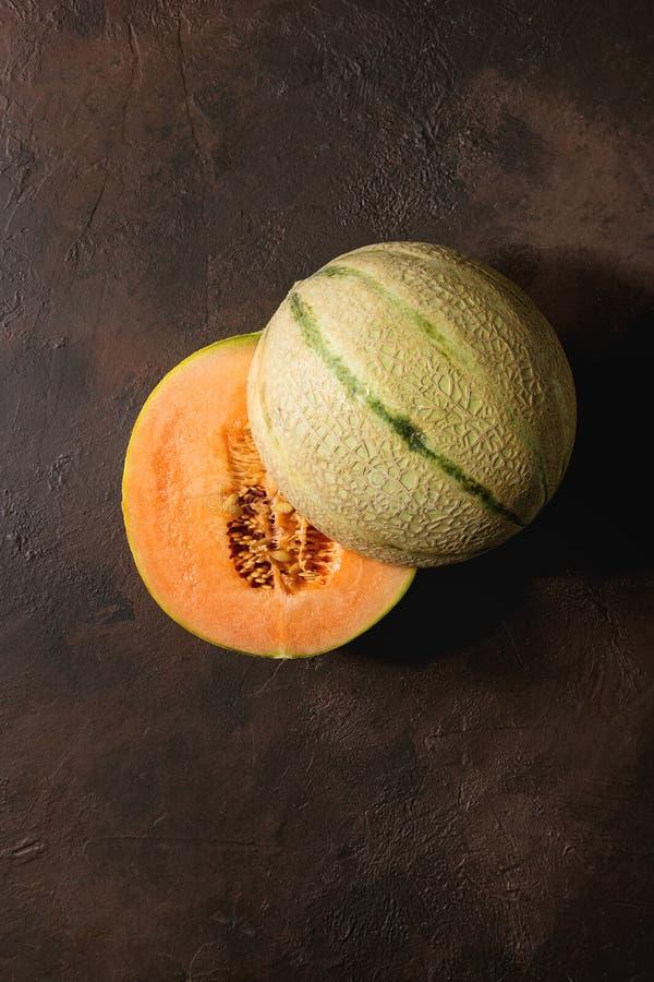 Moitié de melon de cantaloup photographie stock