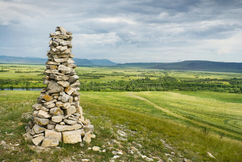Mojón de piedra en Khakassia imagen de archivo libre de regalías