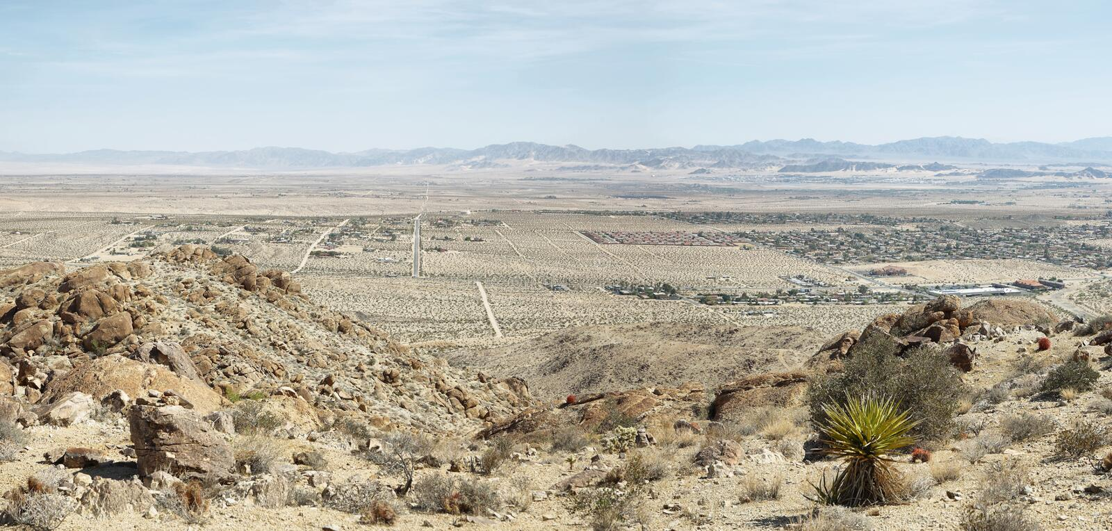 Mojave desert from 49 palms Oasis trail. In Joshua Tree National Park stock images