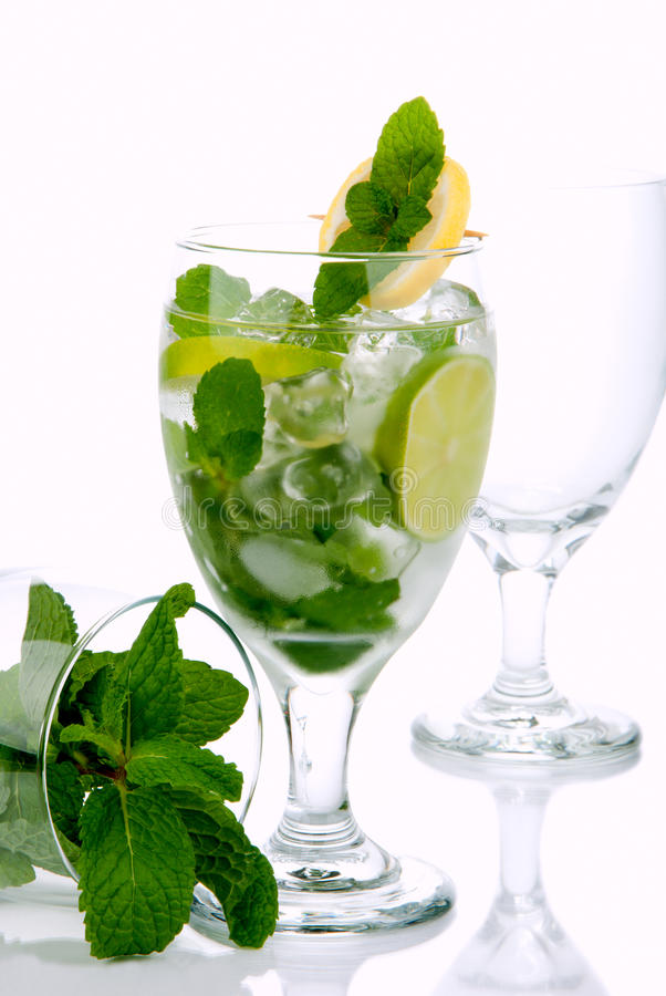 Free Mojito Summer Cocktail Royalty Free Stock Photography - 17268447