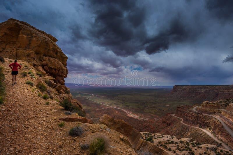 Moki Dugway übersehen mexikanischen Hut Utah stockbilder