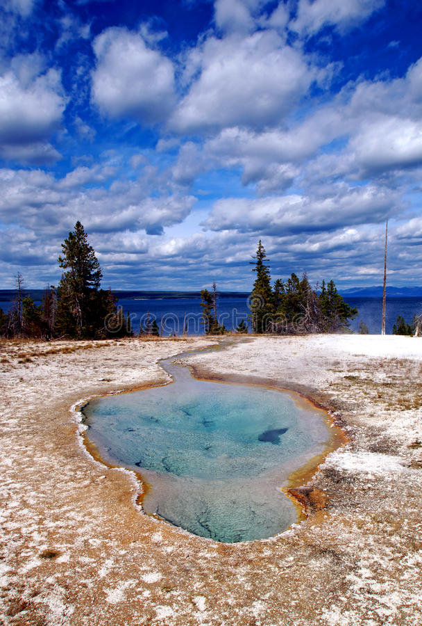 Mola quente bonita de Yellowstone imagem de stock
