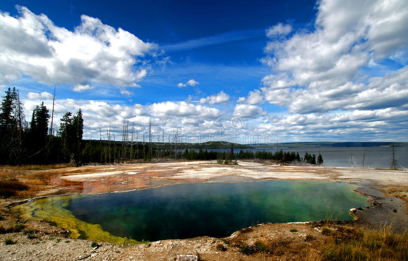 Molas quentes bonitas de Yellowstone foto de stock royalty free