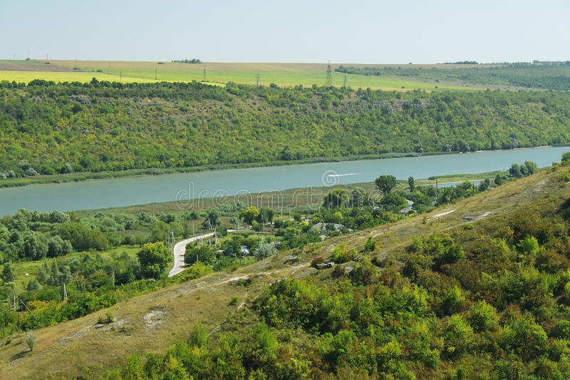 Moldavien, Saharna, Dnister flod och Transnistria royaltyfria bilder
