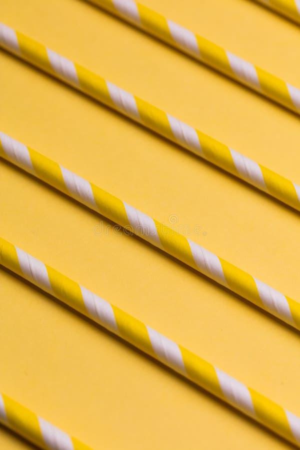 Molde abstrato para o projeto varas amarelas que encontram-se próximos um do outro ilustração do vetor