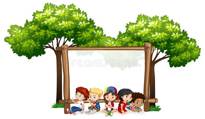 Molde vazio do sinal com crianças e árvores ilustração do vetor