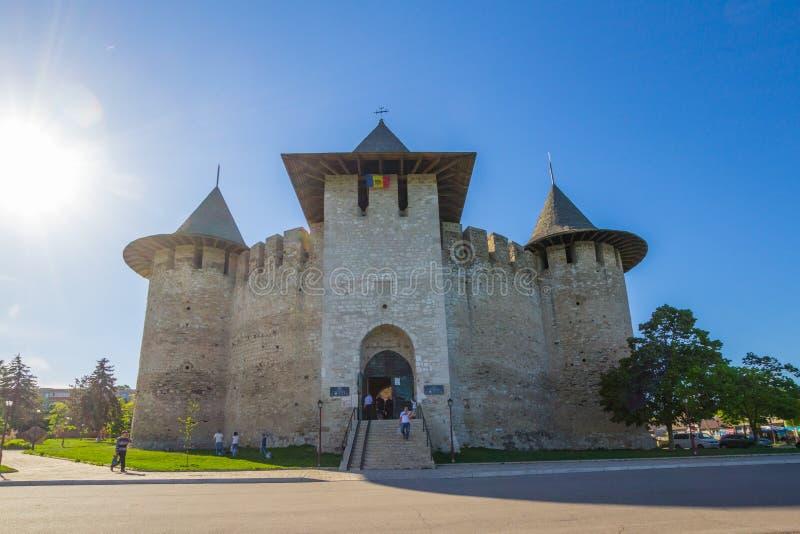Moldovan forteca XV wiek w mieście Soroka w pięknym Pogodnym letnim dniu, Lokalizować na prawym banku obraz royalty free