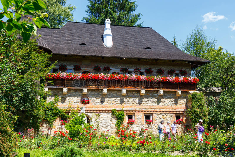 Moldovita修道院是罗马尼亚正统修道院 图库摄影