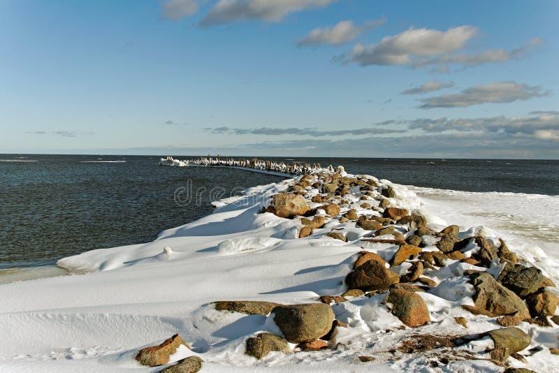 Mole på det baltiska havet. royaltyfri foto