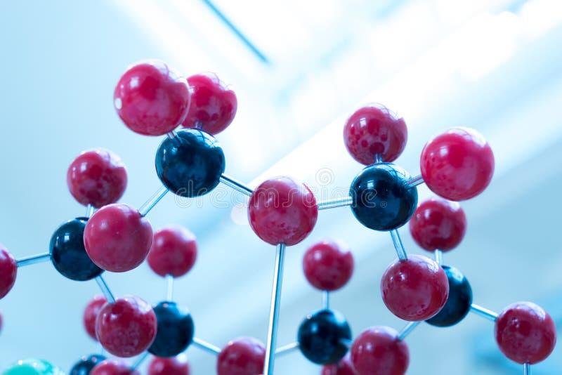 Molekuła, DNA w laboranckim lab tescie, chemia fotografia royalty free