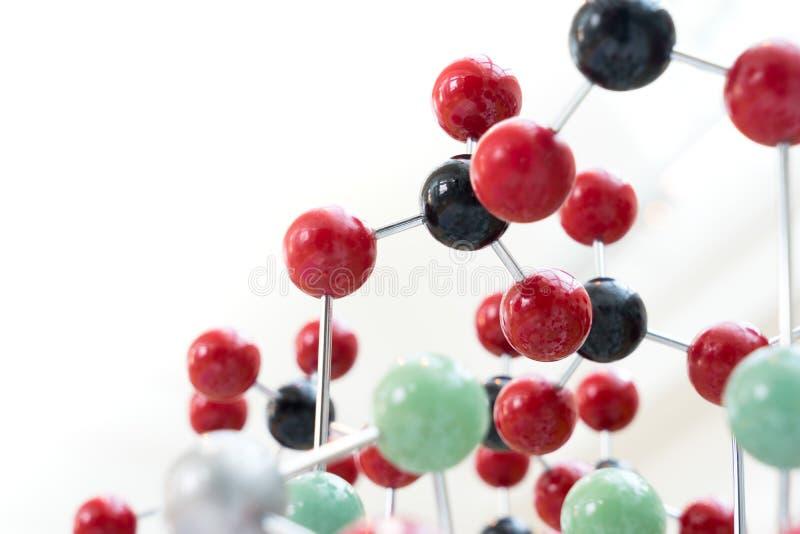Molekuła, DNA w laboranckim lab tescie, chemia zdjęcia royalty free