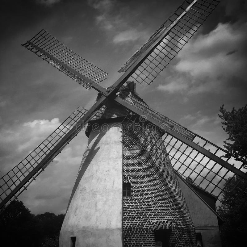Download Molen stock foto. Afbeelding bestaande uit wind, middeleeuws - 54082706