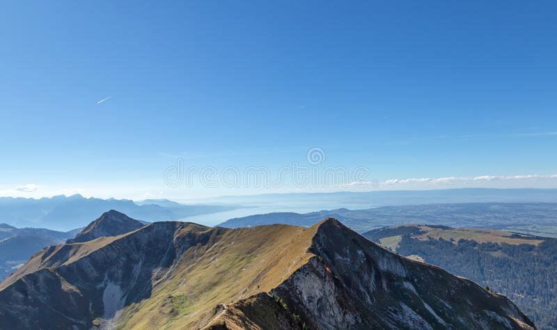 Moleson Озеро alpines Гора Взгляд Ландшафт стоковые изображения