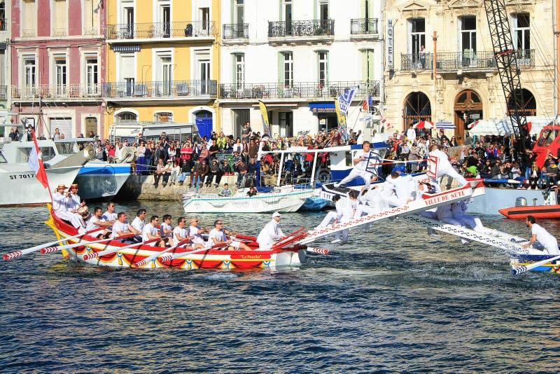 Molhe o desempenho Jousting em Sète, Languedoc Roussillon, para o sul fotos de stock