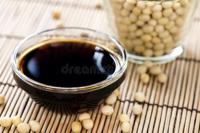 Molho de soja fotos de stock