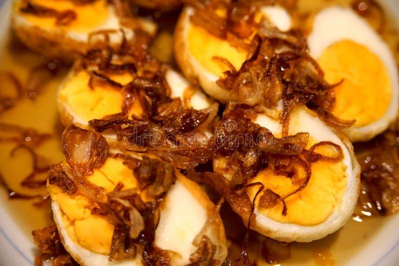 Molho doce ovo duramente bolied fritado imagens de stock