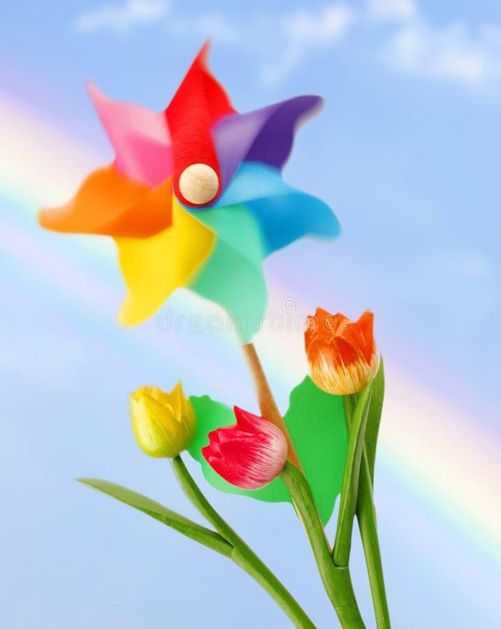 Molinillo de viento colorido imagen de archivo