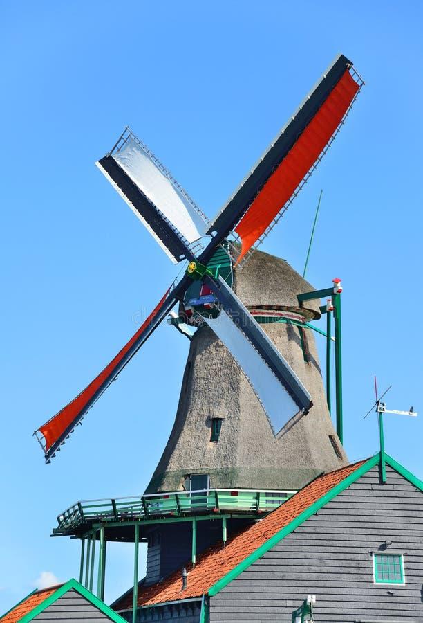 Download Molino de viento Amsterdam foto de archivo. Imagen de molino - 44851006