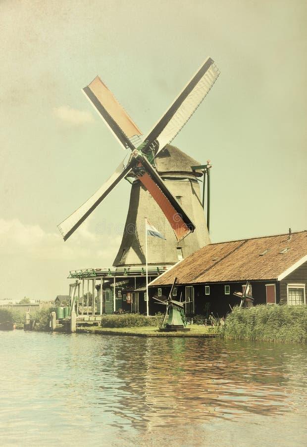 Download Molino de viento Amsterdam imagen de archivo. Imagen de tradicional - 44851369