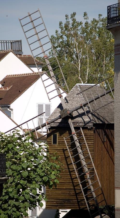Molino de viento de París Montmartre imagen de archivo