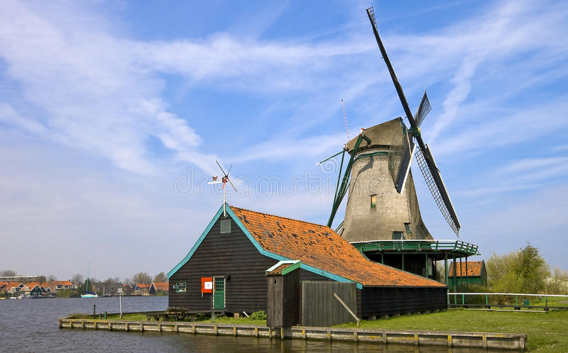Molino de viento Holanda fotografía de archivo libre de regalías