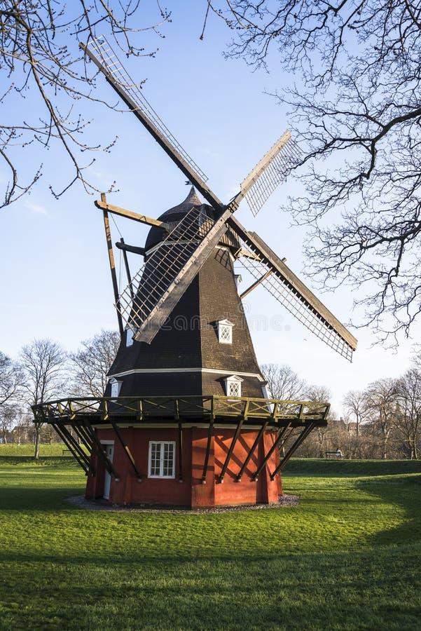 Molino de viento, Kastellet, Copenhague, Dinamarca foto de archivo libre de regalías