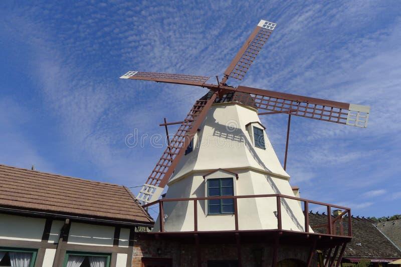 Molino de viento, Solvang, California imagen de archivo libre de regalías