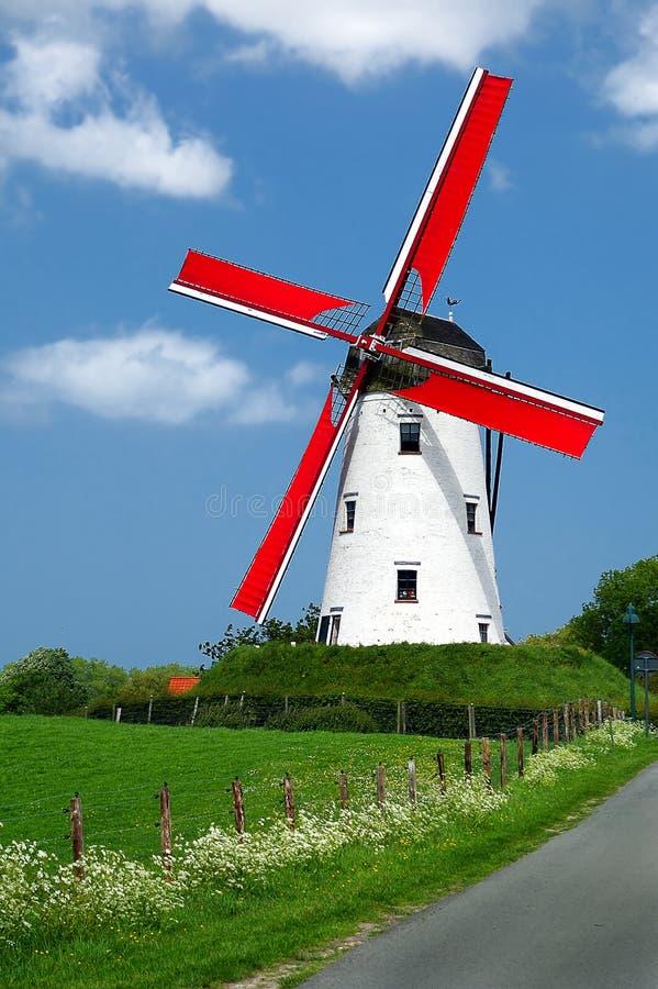 Molino de viento tradicional imagen de archivo