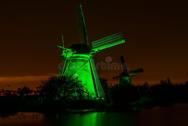 Molino de viento viejo en Kinderdijk, Países Bajos fotos de archivo libres de regalías