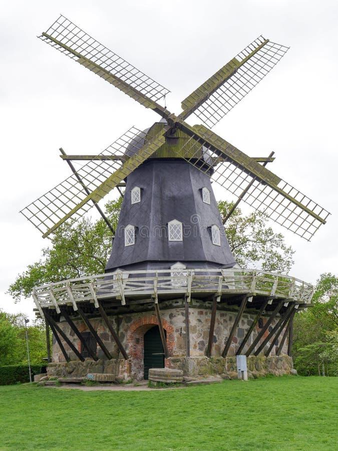 Molino de viento viejo de Malmö, Suecia imágenes de archivo libres de regalías