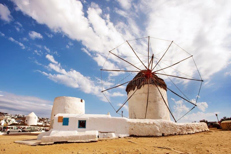 Molinoes de viento en Mykonos, Grecia fotos de archivo libres de regalías
