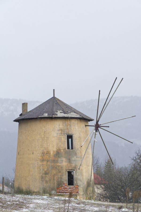 Molinos de viento fotografía de archivo libre de regalías