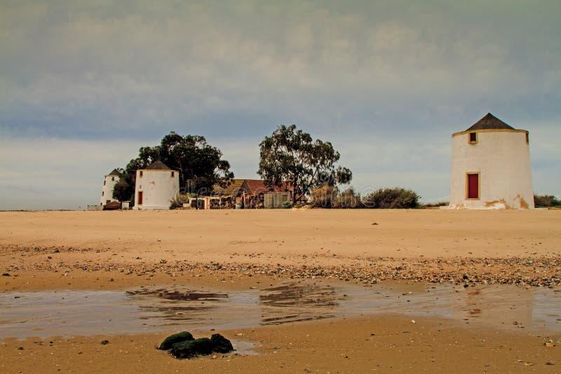 Molinos tradicionales de la marea. imágenes de archivo libres de regalías