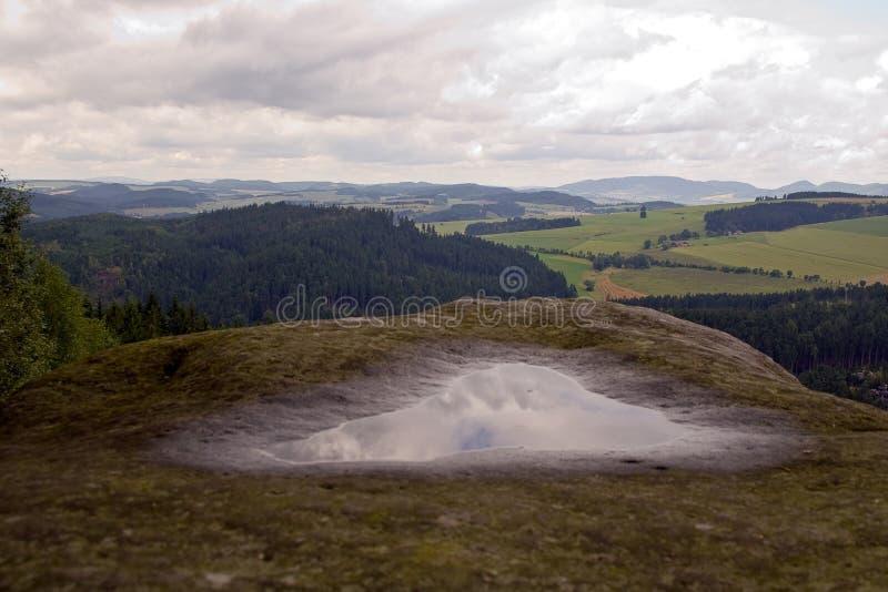 Molla naturale della collina sopra paesaggio immagine stock libera da diritti