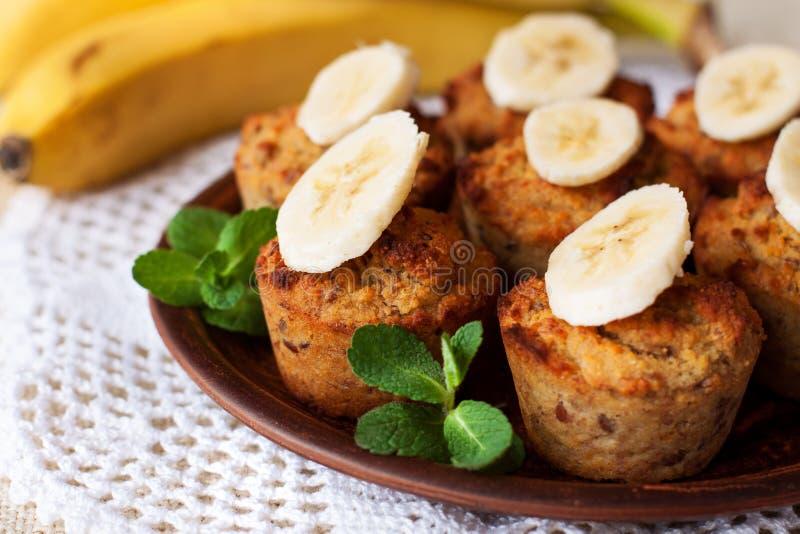 Molletes libres del pan de plátano del gluten fotografía de archivo libre de regalías