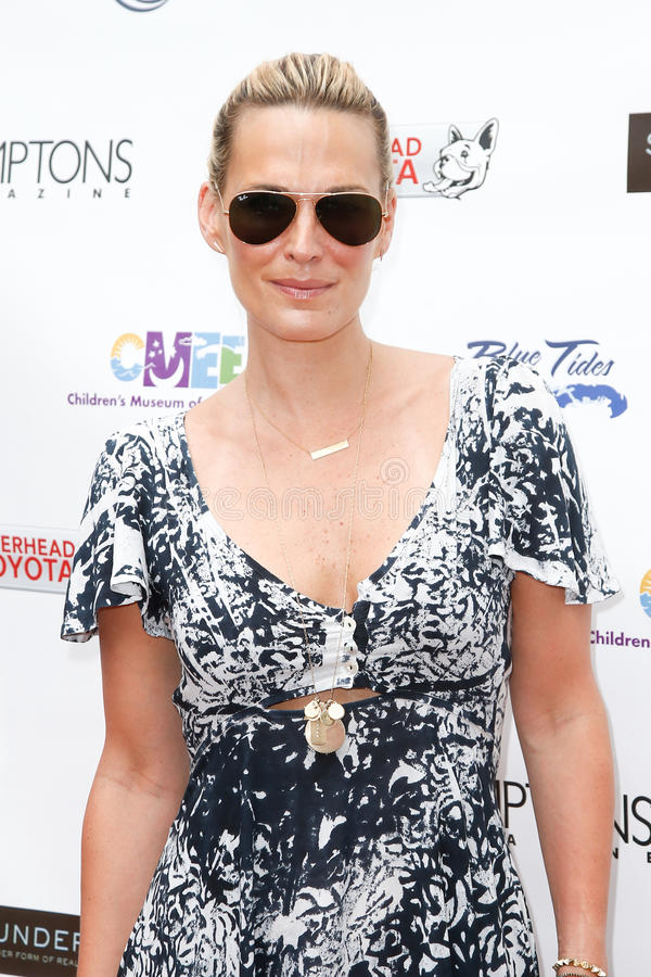 Download Molly Sims editorial stock photo. Image of sunglasses - 42928523