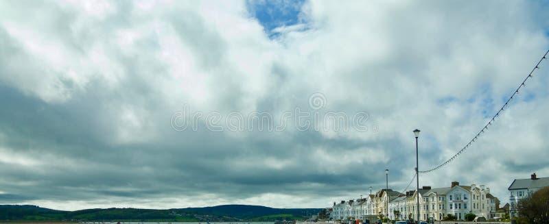 Moln över Exmouth royaltyfri fotografi