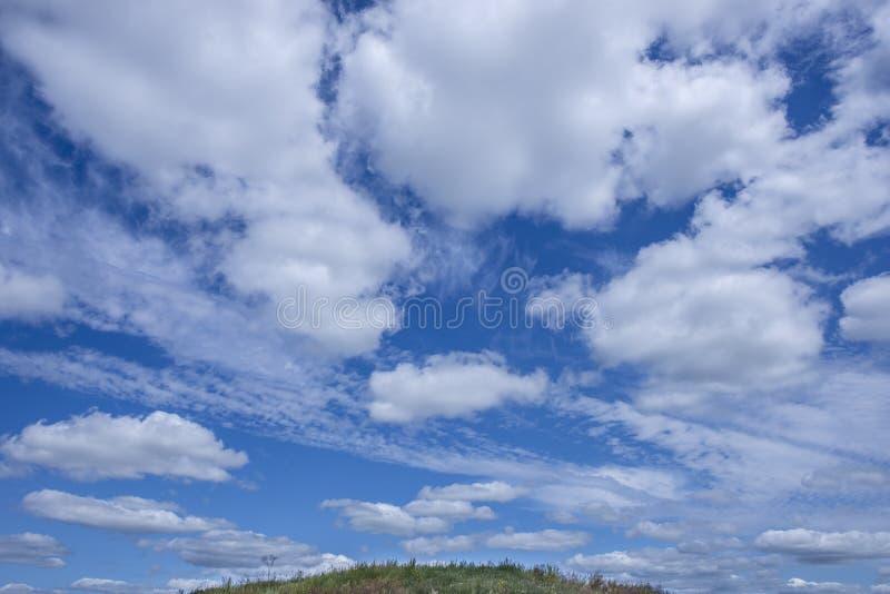 Moln i Saskatchewan, Kanada royaltyfria foton