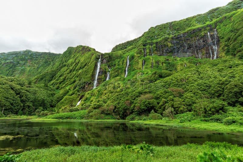 Molnig Azores sommardag royaltyfri foto