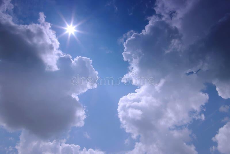 molnig sky royaltyfri bild