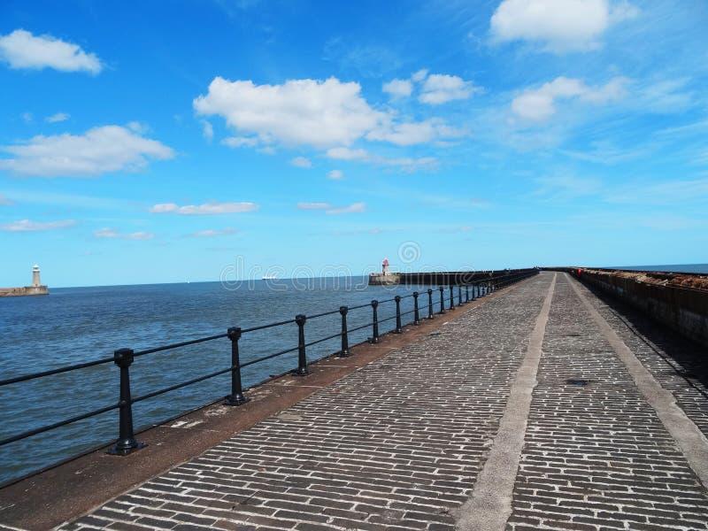 Download Molo obraz stock. Obraz złożonej z morze, krajobraz, piękny - 57659667