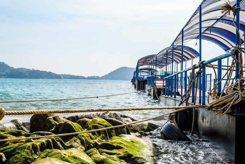 Molo al mare fotografie stock