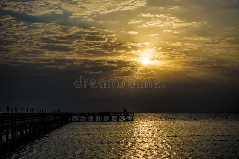 Molo na Czerwonym morzu w Hurghada/Makadi zatoce przy wschodem słońca fotografia stock