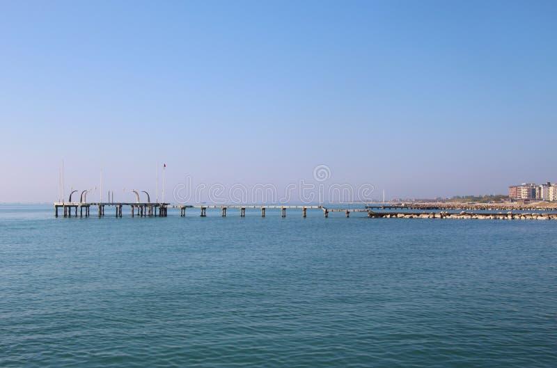 Molo na wyspie Lido Di Venezia, Włochy obrazy royalty free